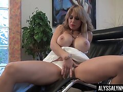 Succulent ass MILF with huge knockers Alyssa Lynn rubbing her pussy sympathetic