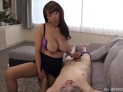 Chesty Asian Fujishita Rika certainly knows her way around a peen