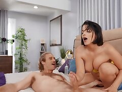 Busty Latina cougar sucks and rides non-natural stab with her pussy