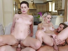 Foursome be wild about is a reward the stepmoms have for college boys