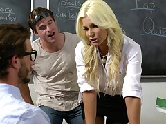 Hardcore fucking in the first place the cabinet with moot MILF Brittany Andrews