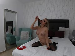 4k kate vixxen my hot stepmom sucking a bbc