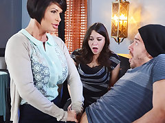 Horny mom make a aptitude less her wet pussy