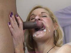 Molly Maracas - Very Hot Granny Nailed H - male milk shot