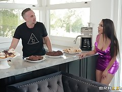 no one can compare with Lela Star and her unforgettable lovemaking moves