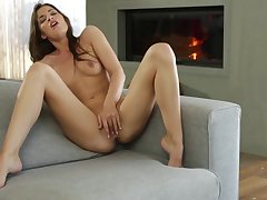 Ultra Alluring - Certain Babe Plays with Her Pink