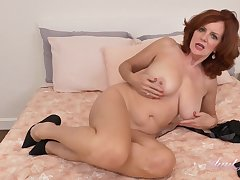 Striptease Show Be incumbent on Horny GILF with Big Tits