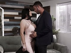 Ardent MILF Romi Rain goes inane about topping fat cock for orgasm