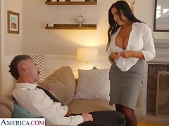 Whore wife in all directions king size confidential Sybil Stallone is big Chief on her husband in all directions his boss