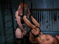 Redhead dom in lingerie anal fucks Negro