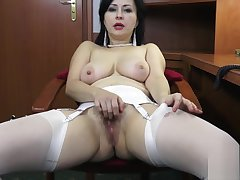 Wanilianna Masturbates be incumbent on you at the office