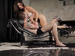 Plenary MILF India Summer introduces a young man to pegging