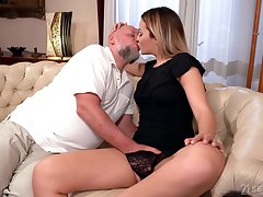 Old defy rams blonde's young pussy in merciless XXX cam scenes
